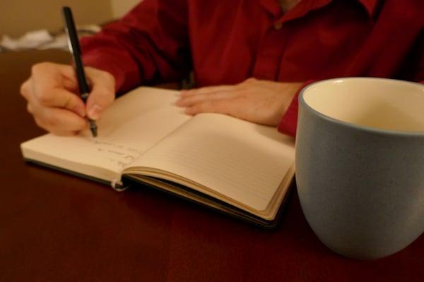 man-journaling-1