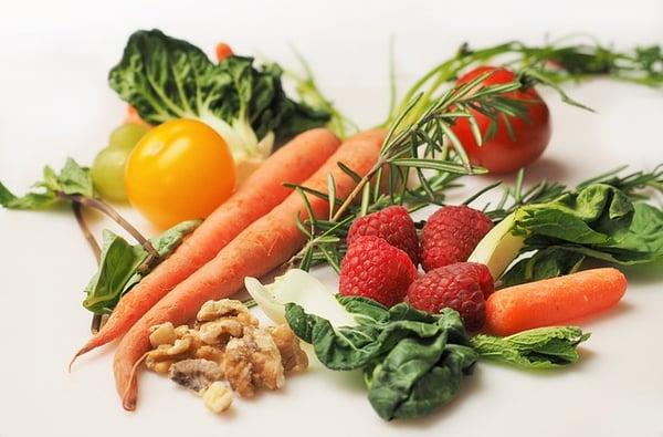 www.maxpixel.net-Diet-Food-Green-Carrot-Healthy-Vegetables-1085063