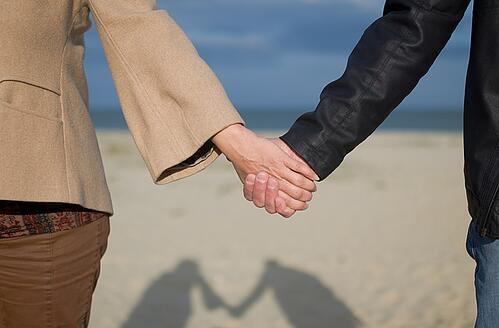 www.maxpixel.net-Sea-People-Relationship-Holding-Hands-Happiness-2005175