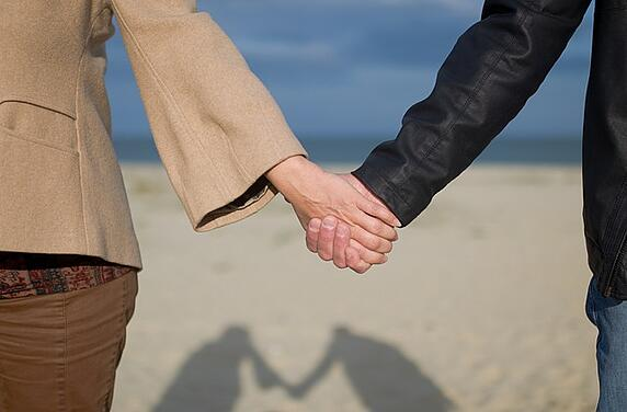 www.maxpixel.net-Sea-People-Relationship-Holding-Hands-Happiness-2005175